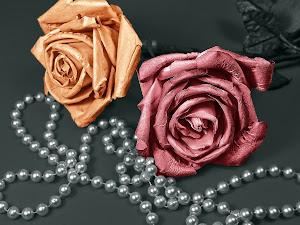 Perla y flor: unos pendientes ideales