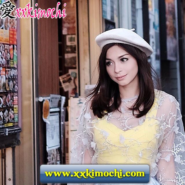 Model Seksi dan Cantik Bernama Sandra Olga 06