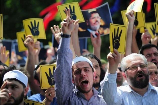Η διείσδυση της ΜΙΤ στην Αίγυπτο