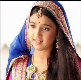 Wajah Cantik Ajabde Dalam Film Mahaputra