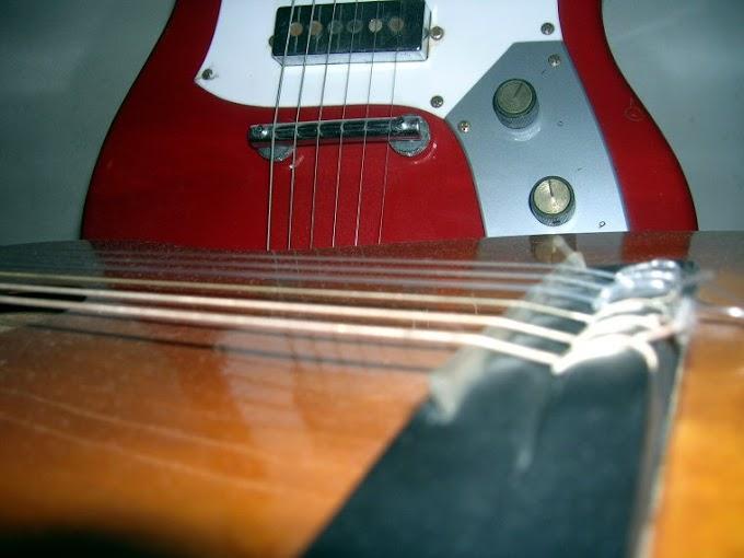δύο κιθάρες