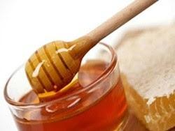 Mật ong hấp tỏi chữa ho khi trời trở lạnh