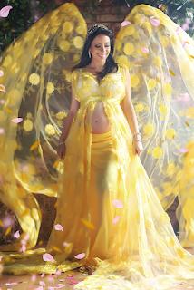 lindo vestido amarelo para gestante