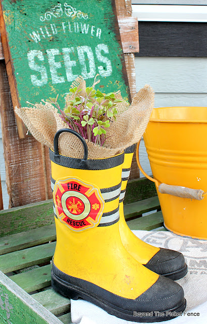 Easy Spring Porch Decorating Ideas with Thrift Store Finds