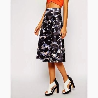 La jupe mi-longue imprimée