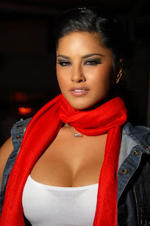 Sunny Leone cute HD images