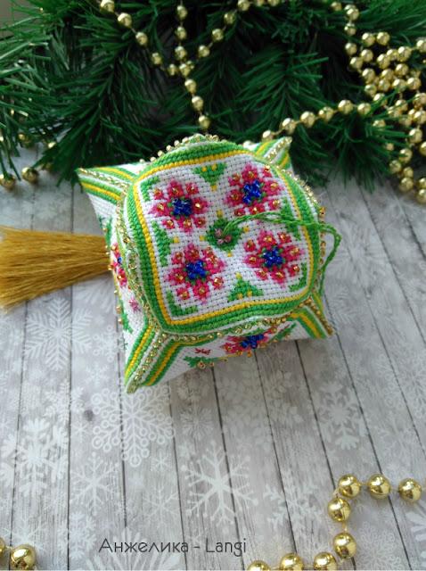 Новогодний тюльпан от Марьи Искусницы