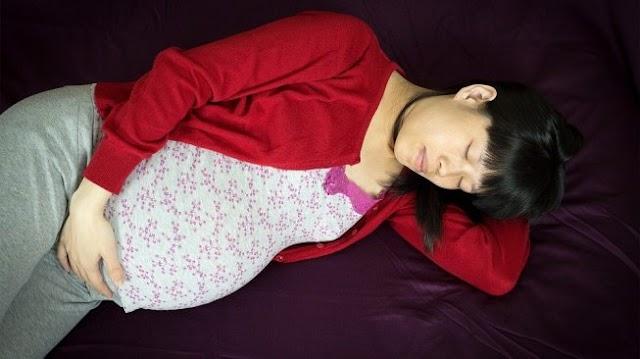 14 Cara Mengatasi Susah Tidur Saat Sedang Hamil