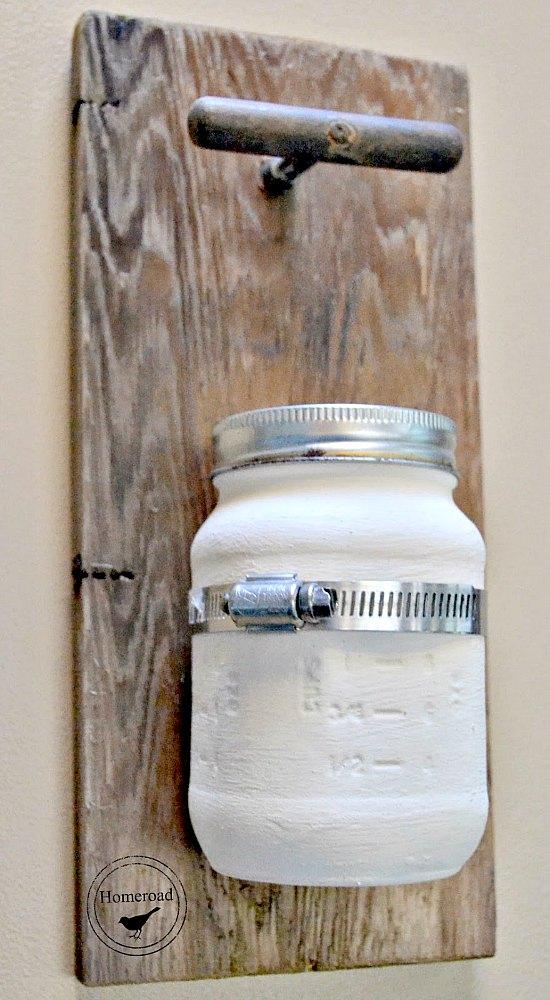 DIY Farmhouse Style Hanging Mason Jar Vase