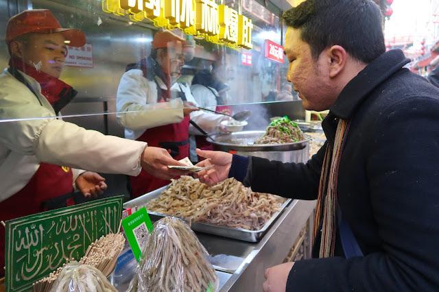 beli sop gurita di wangfujing
