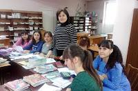 grupele PP33R şi PP43R si cadru didactic Aliona Briţchi, dr., lector universitar in Sala de lectura 3