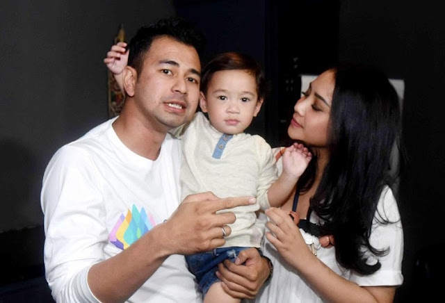 Ada Foto Anak Ayu Ting Ting di Kamar Raffi Ahmad-Nagita Slavina?