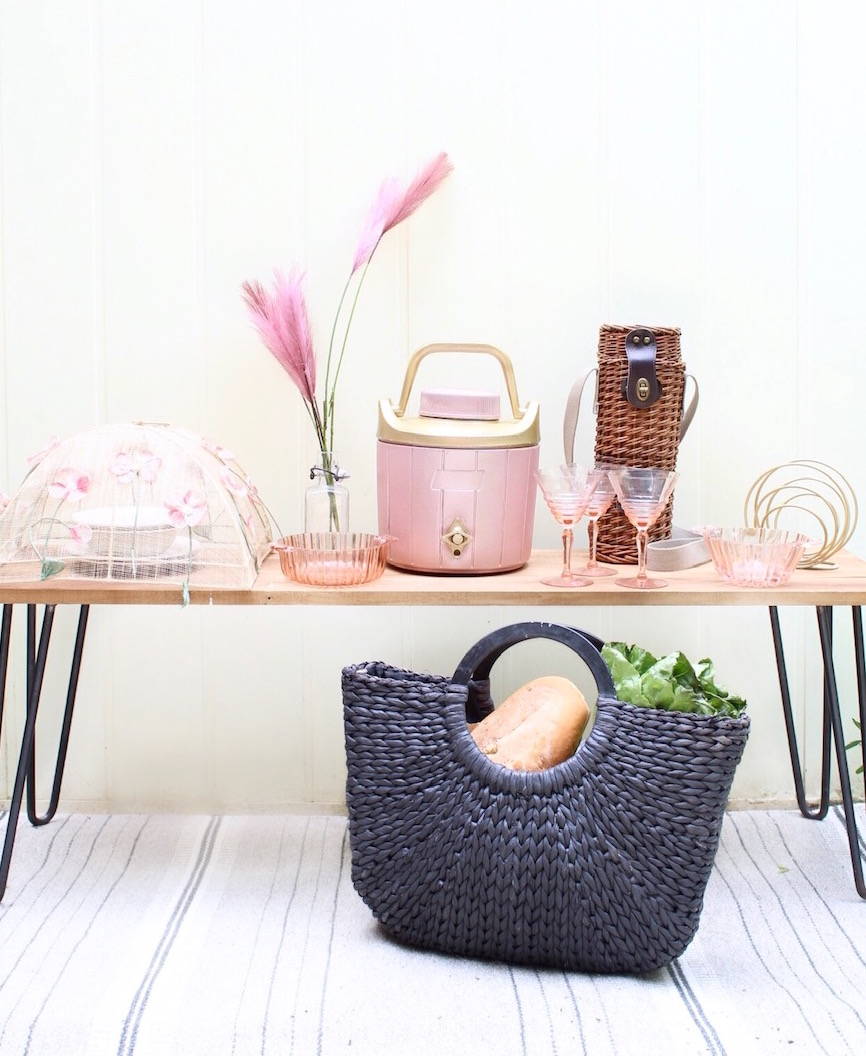 girlfriends-picnic-upcycled-cooler-harlow-thistle