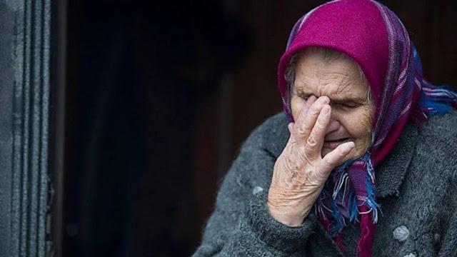 «Миша, прости, мы устали»: женщина отравила сына-инвалида, за которым ухаживала 39 лет