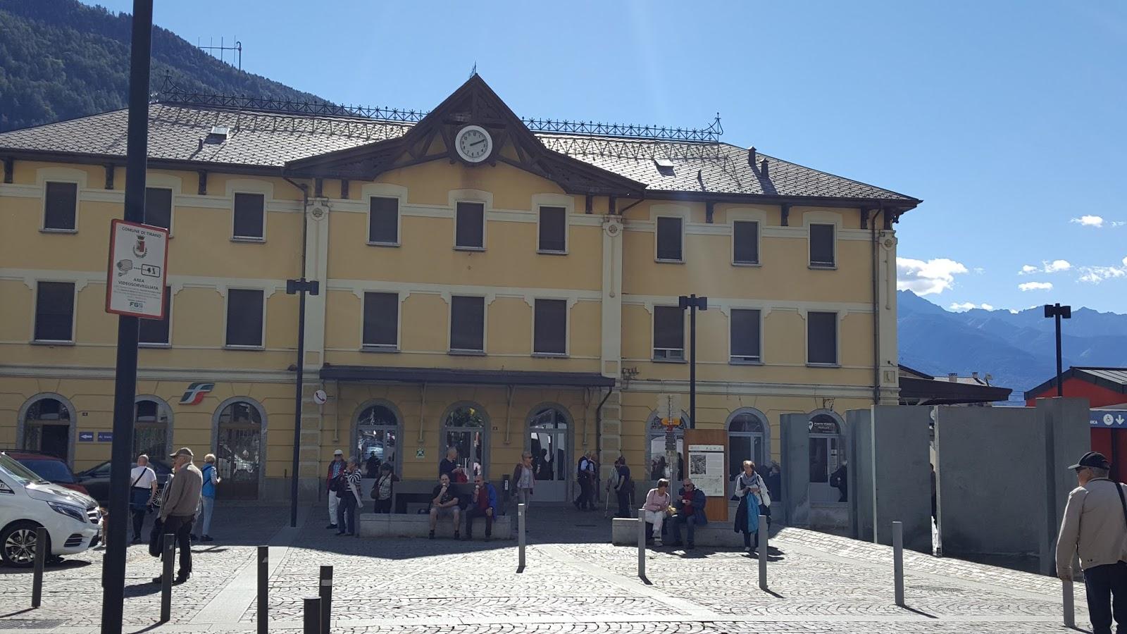 Estação de trem em Tirano