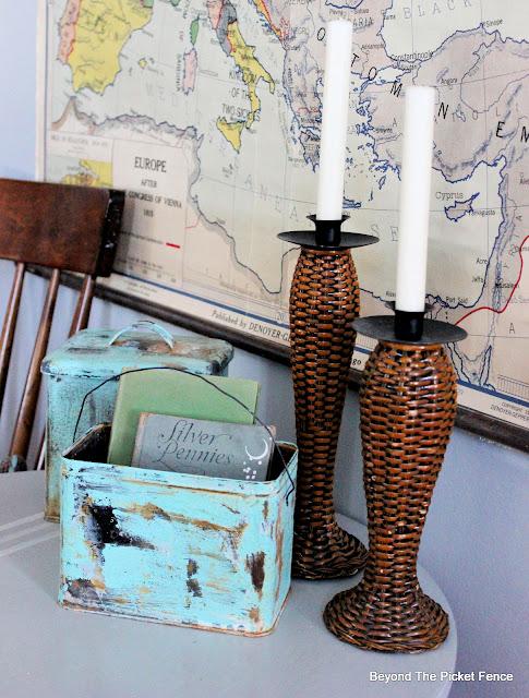 Thrifty Thursday Rusty Crusty Farmhouse Tins