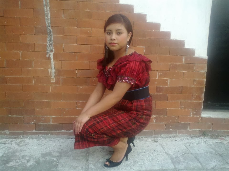 Chicas Bonitas De Xela: Chapinas Lindas: Mujeres De Guatemala