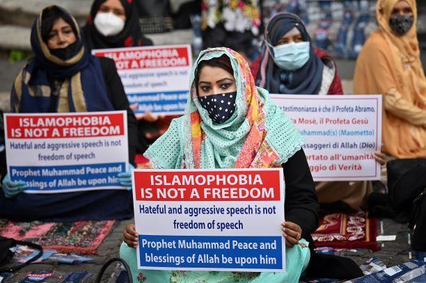 Islamofobia, Paradoks Perlawanan Terorisme Global