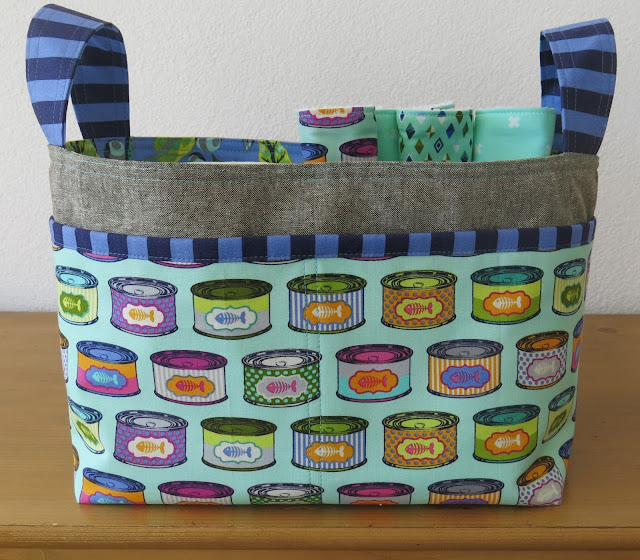 Luna Lovequilts - Divided Basket pattern by Noodlehead - Tabby Road fabric collection by Tula Pink