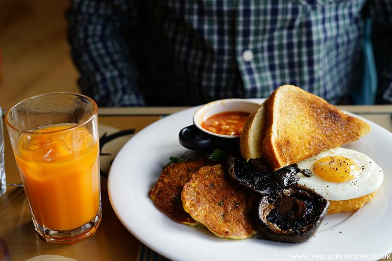 Vegetarian breakfast at Cosy Club - Gunwharf Quays