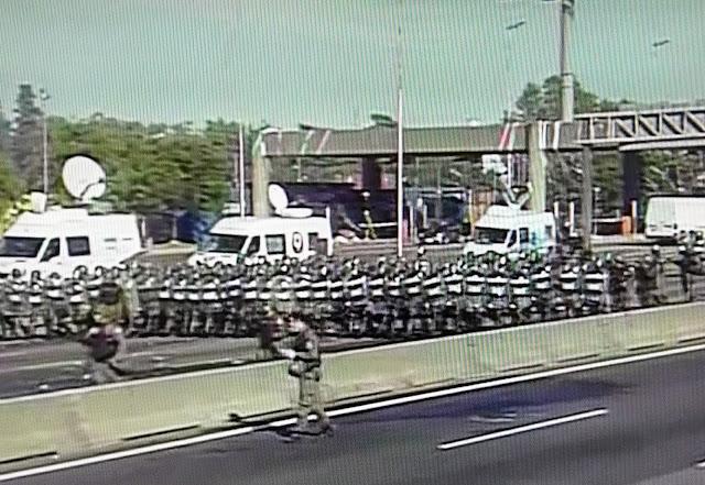La Gendarmería desalojó a los piqueteros en Panamericana y liberó el tránsito