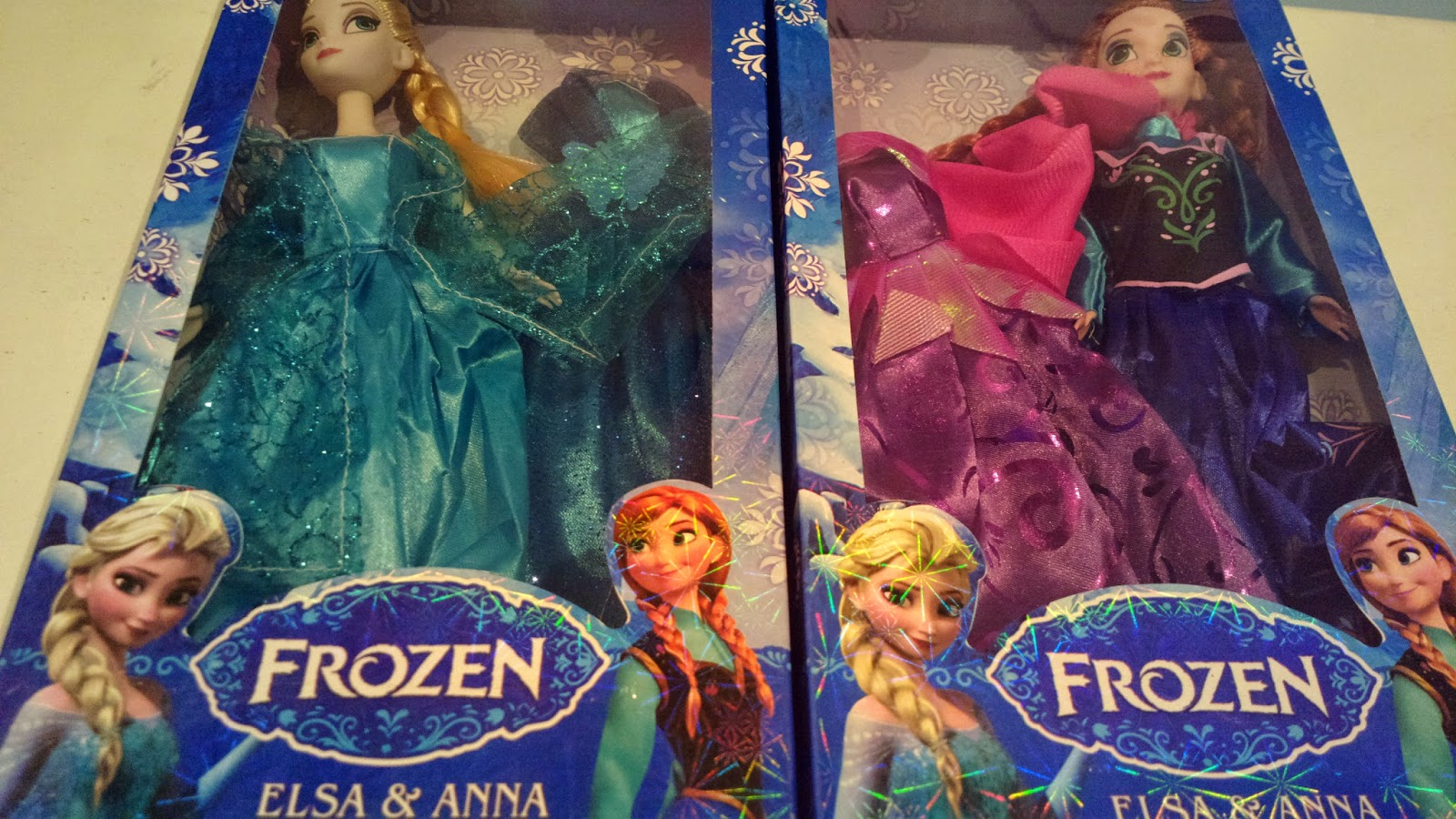 Frozen's Elsa and Anna dolls