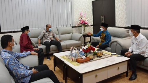 Pj Gubernur Silaturahmi ke DPRD Sumbar
