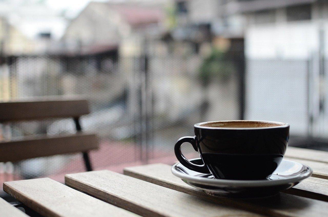Modal Usaha Cafe Pinggir Jalan (Info Detail & Penjelasannya)