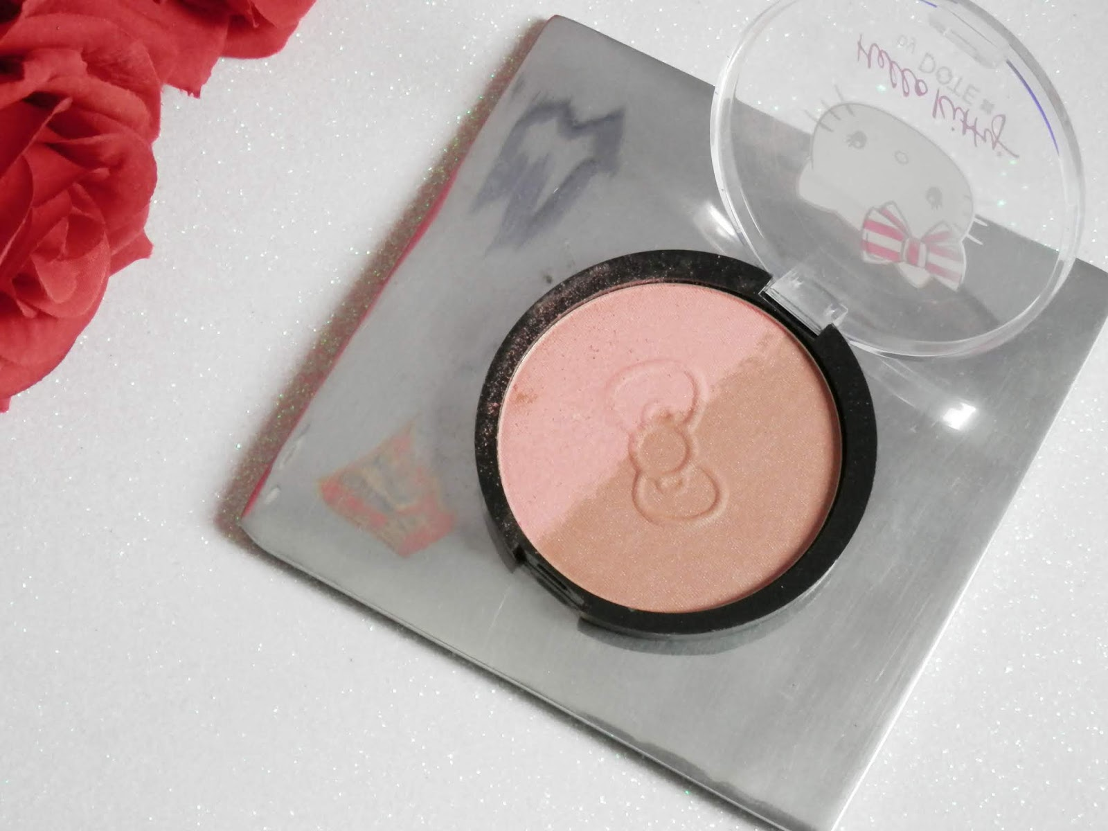 blush maquiagem hello kitty