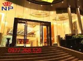 Chi phí lắp đặt các loại cửa kính cường lực khách sạn