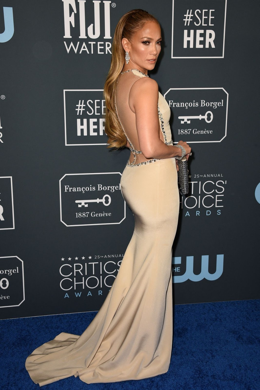 Jennifer Lopez Goes Backless In Georges Hobeika At The