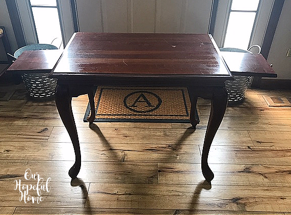 Georgian style vintage mahogany tea table