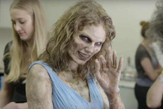 TAYLOR SWIFT se transformo en Zombie! Míralo