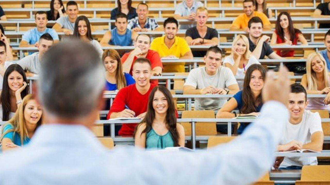 Üniversiteler açılacak mı? Eğitim online mı olacak? 2020 2021 üniversitelerin açılış tarihi