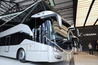 Ganjar Pranowo Melepas 10 Bus Buatan Karoseri Laksana Untuk Ekspor Ke Bangladesh