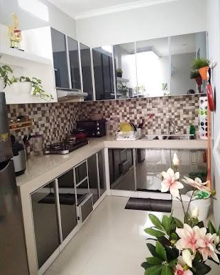 Desain dapur minimalis 2x2  sederhana