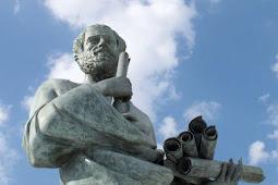 Sejarah Filsafat: Pra-Socrates hingga Zaman Keemasan