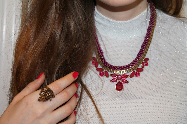 glitter primark crop top, new look pink burgundy gold statement necklace, krishna ganeesha ganesh indian ring jewellery