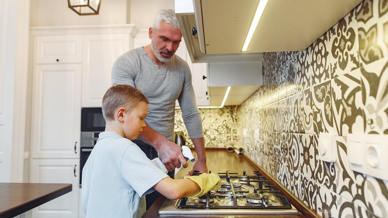 4 Cara Orangtua Mendidik Anaknya ketika menjelang Hari Libur Sekolah supaya Anak tetap Semangat untuk Belajar