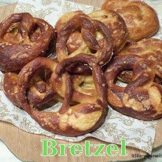 http://danslacuisinedhilary.blogspot.fr/2012/12/special-fetes-bretzel-soft-pretzel.html