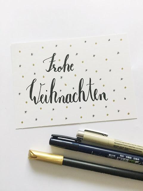 Frohe Weihnachten wünscht Frollein Pfau, Handlettering, DIY Weihnachtskarte, Creatipster Workshop Handlettering Brushlettering, selbstgemachte Weihnachtskarte