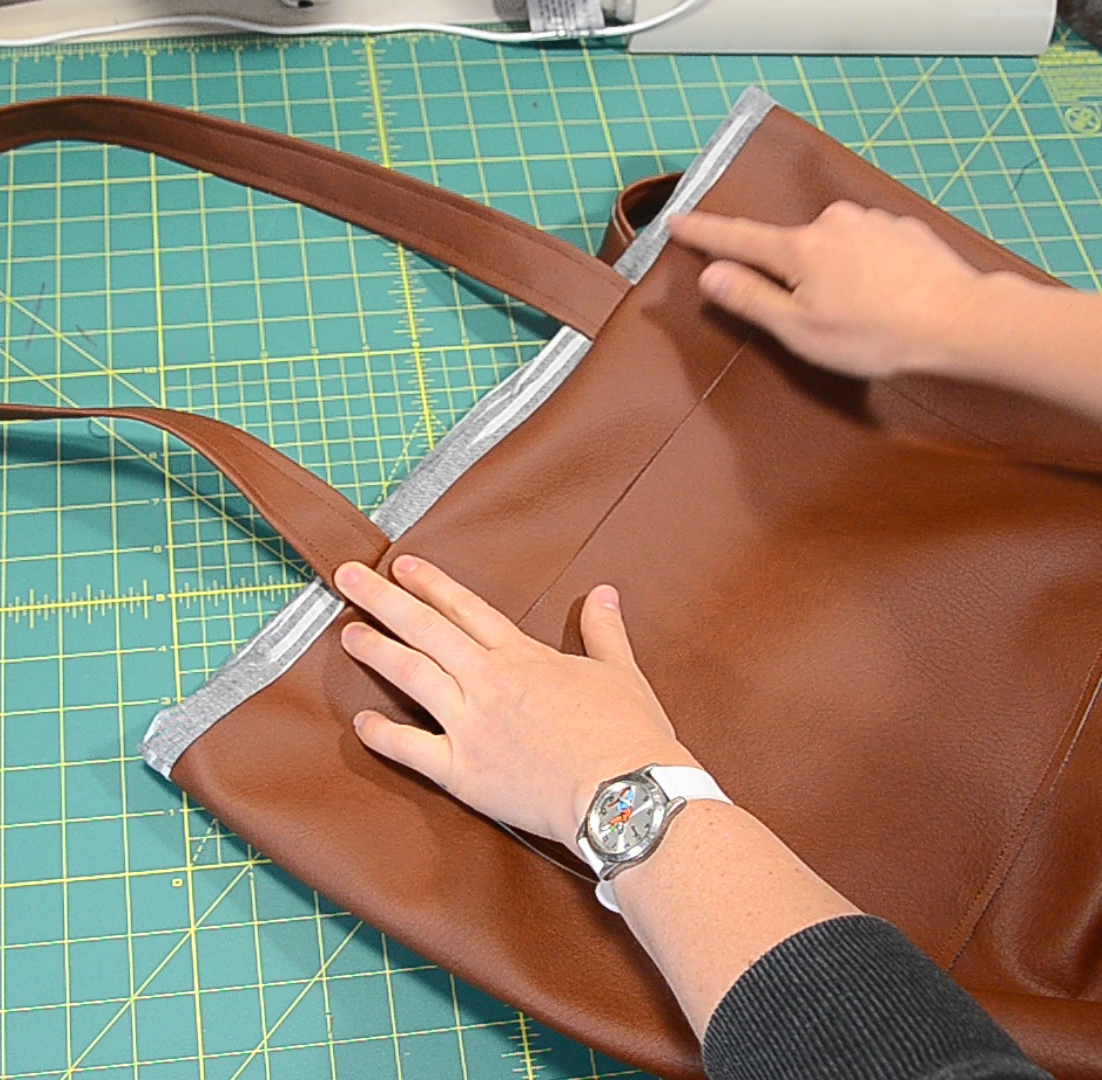 how to attach lining to a bag