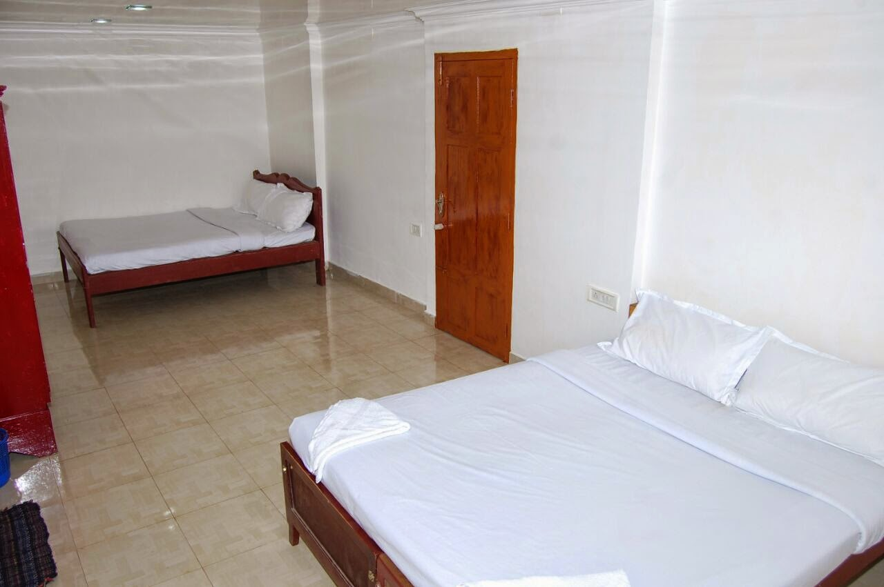 hotel in munnar with family rooms , good family rooms in munnar
