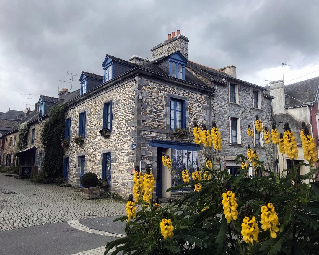 W świecie Yves Rocher   Poznaj La Gacilly, laboratoria i najstarszych sklep w Paryżu + KONKURS