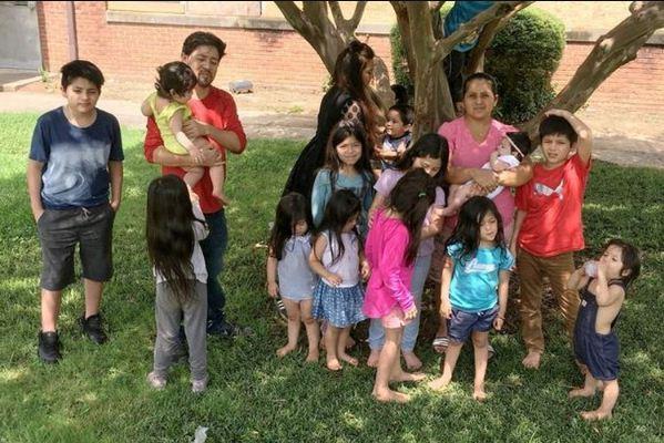 h Ibu Mungil yang Miliki 15 Anak Kandung, Hamil Lagi Selang 3 Bulan Melahirkan