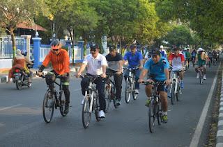Budayakan Hidup Sehat, Bupati Haryanto dan Dandim 0718 Pati Gowes Bareng SKPD