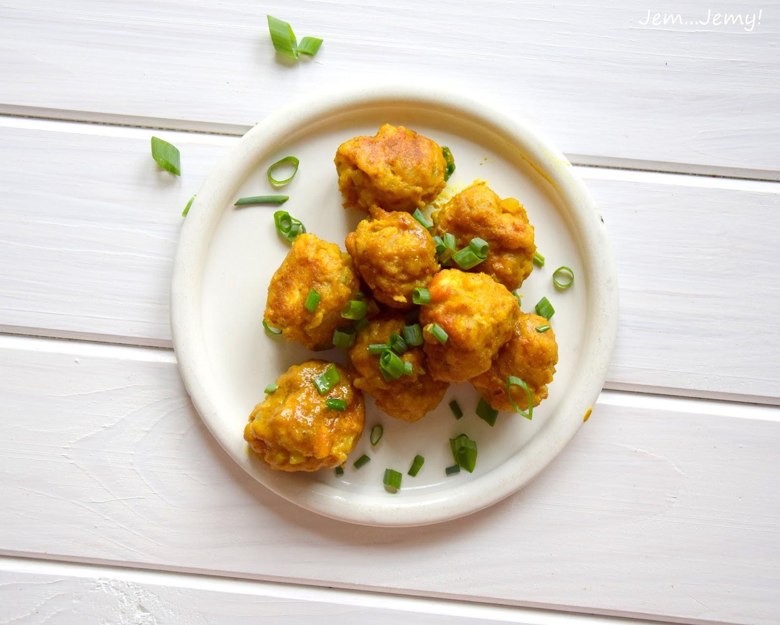 Drobiowe klopsiki curry
