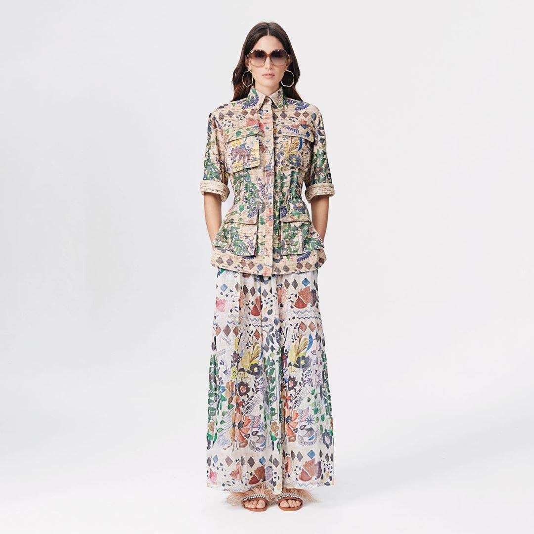 Chaquetas y pantalones de vestir estampados primavera verano 2020.