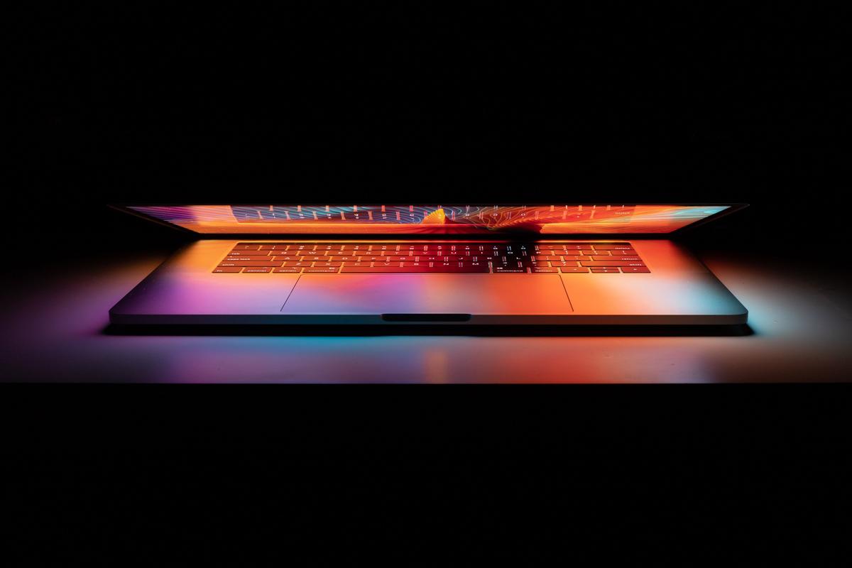 Come visualizzare i cicli della batteria del MacBook