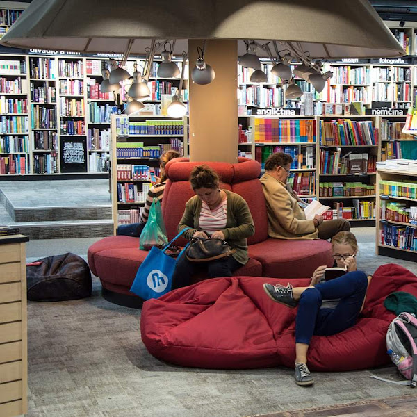 Toko Buku, Sarana Membangun Kebiasaan Baik untuk Anak